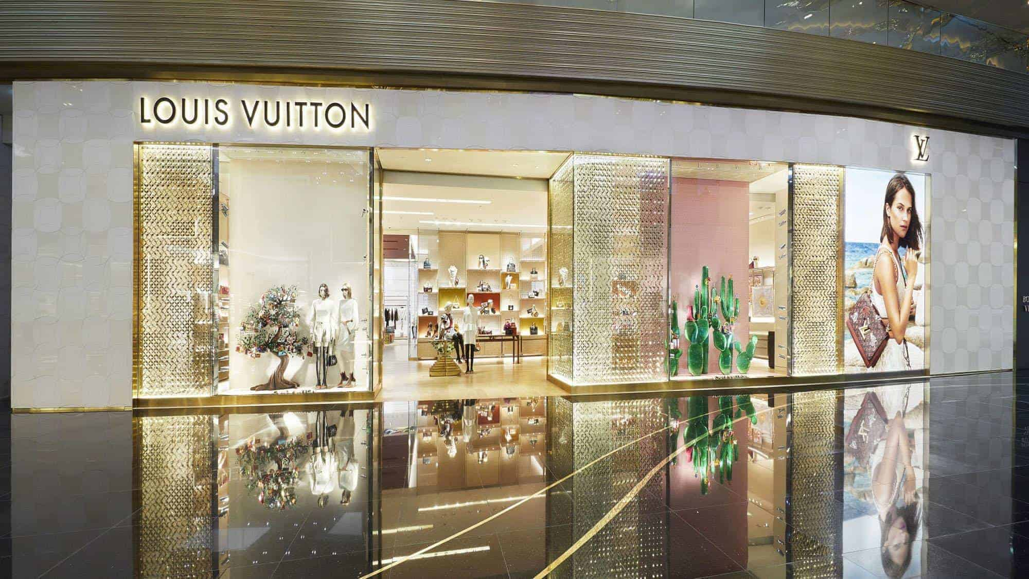 louis-vuitton--StFi_Louis_Vuitton_Thailand_IconSiam_01_DI3